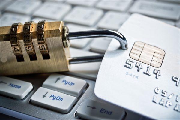 クレジットカードが不正に悪用されるケースは様々